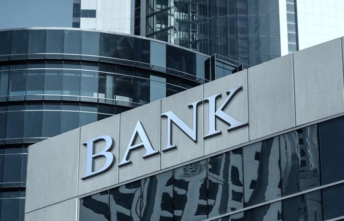 銀行系の殴り込み:後発だけど差別化図れる