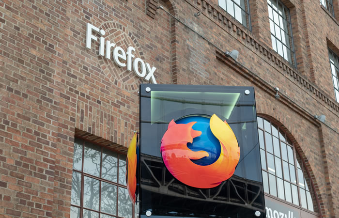 Firefoxの対応が先